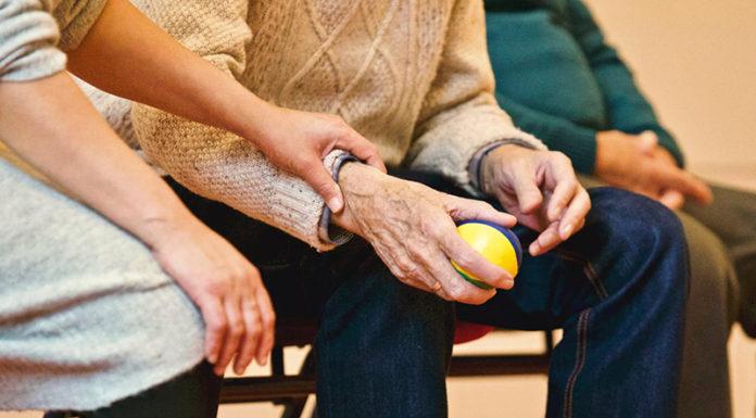 déduction impôts aide parent retraité